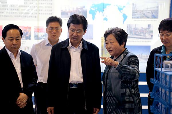 全国政协副主席、工商联主席高云龙来集团参观